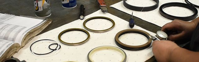 custom hydraulic seal kits
